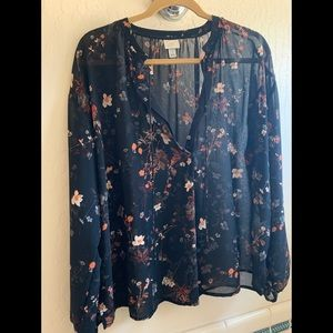 Black blouse size large excellent used condition.